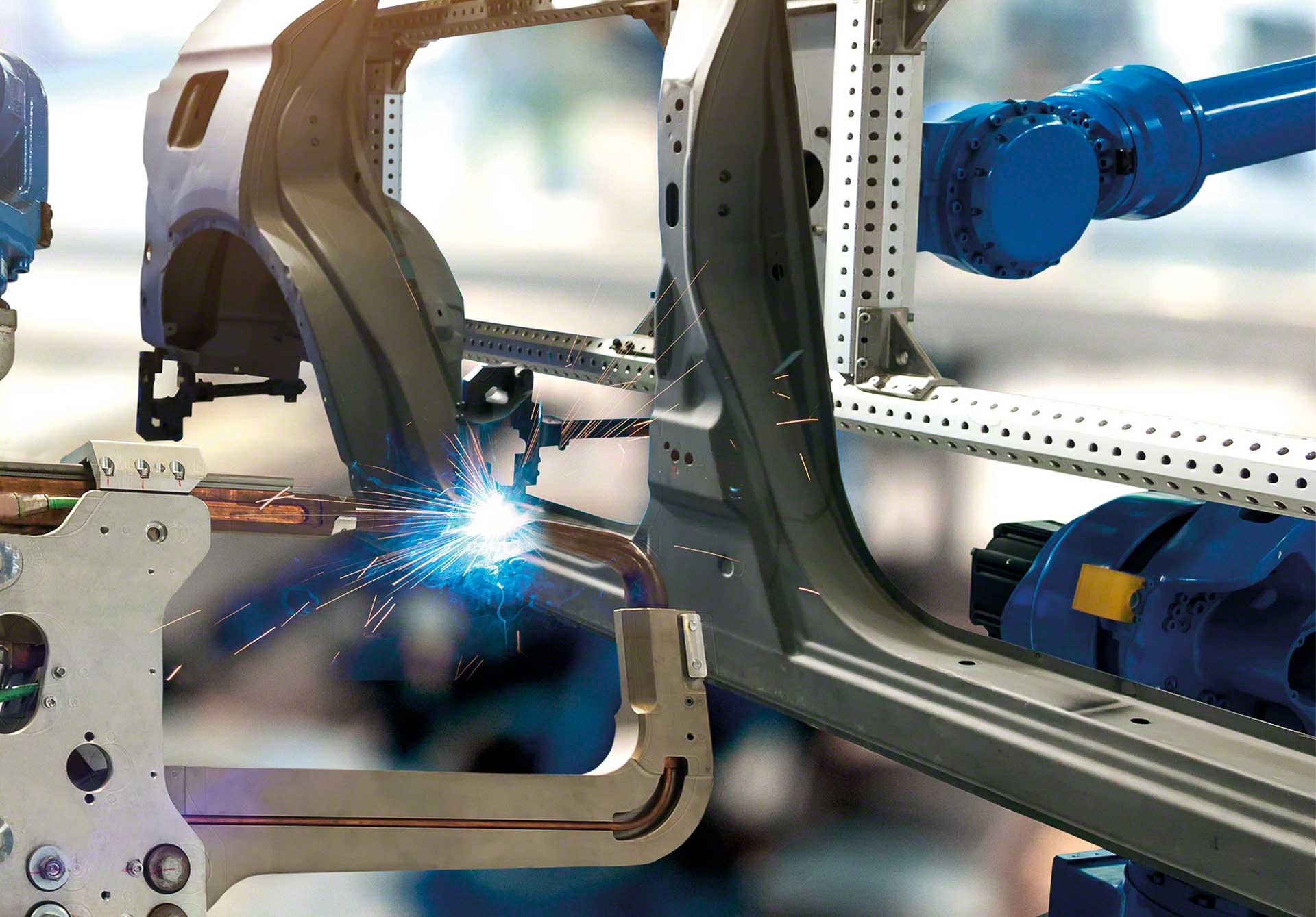 El sistema MRP garantiza una planificación eficiente de las actividades de producción, compra y entrega de material