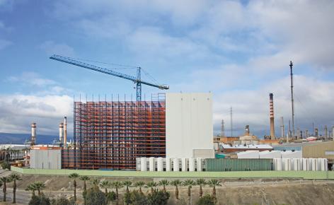 Mecalux construye para Cepsa un almacén automático de 37 m de altura con capacidad para más de 28.000 estibas