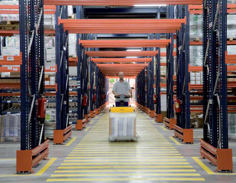 Bodega instalada para empresa del sector de la distribución