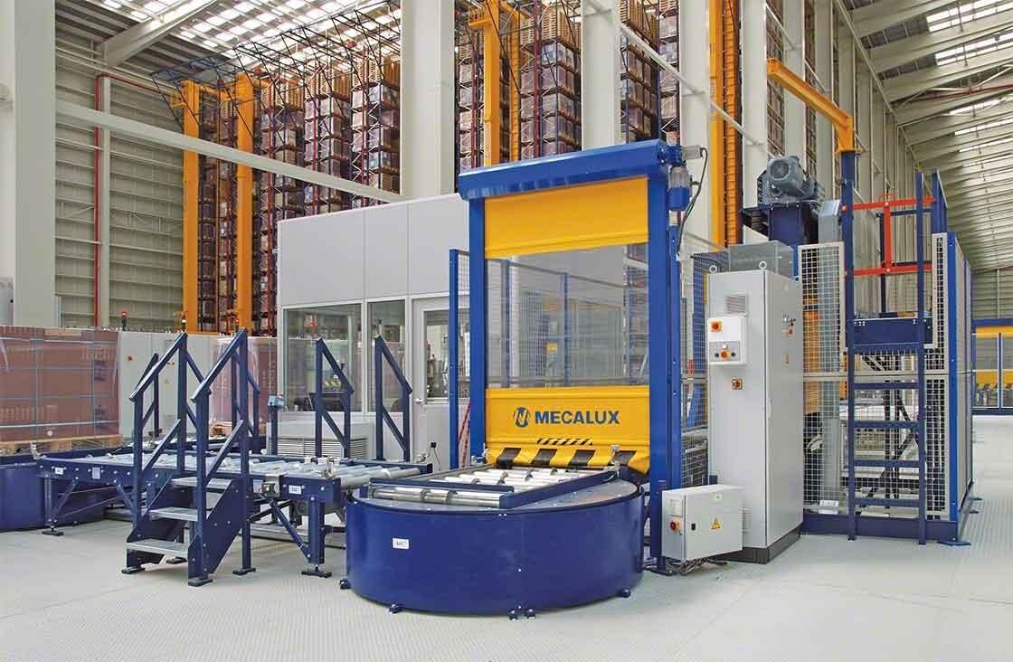 En bodegas automáticas, el puesto de inspección de estibas se encarga de realizar el control de calidad tras la recepción de mercancías