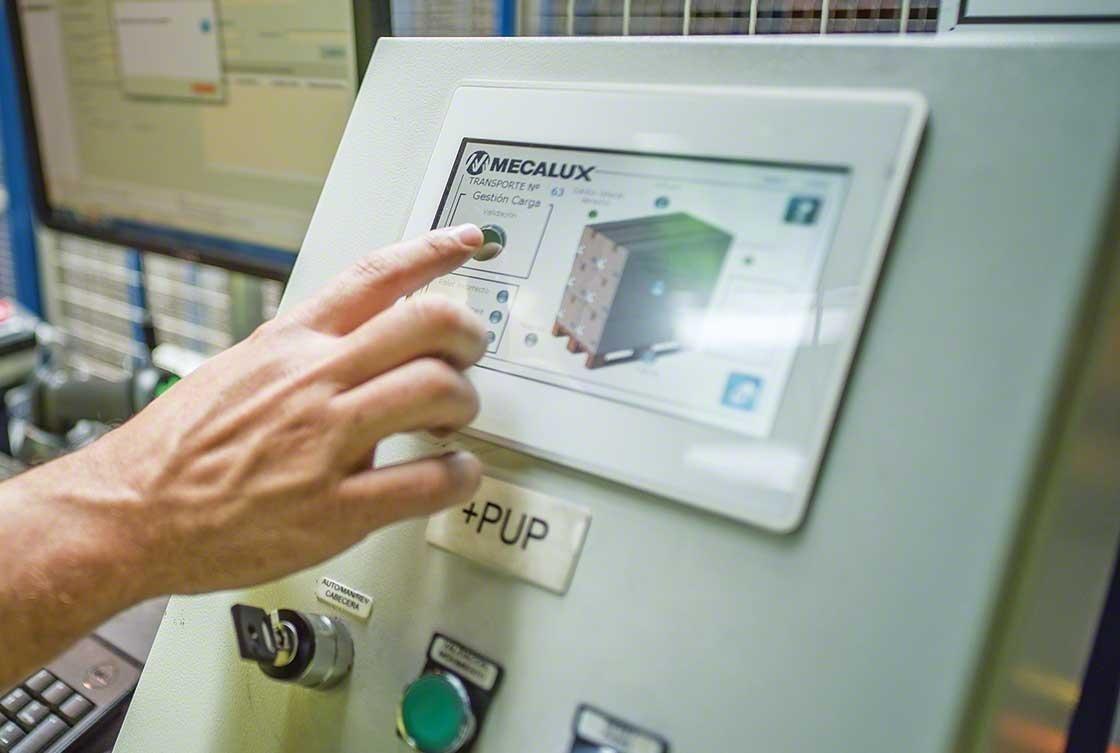 El sistema de gestión de almacén asiste en las tareas asociadas a la recepción de mercancías