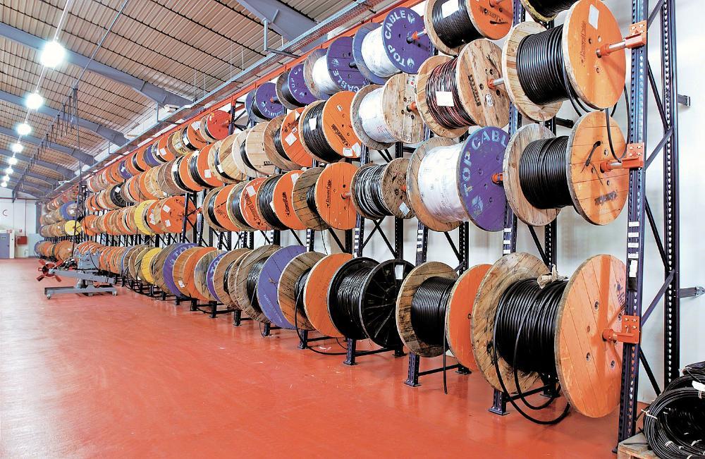 Bobinas para almacenamiento de cables