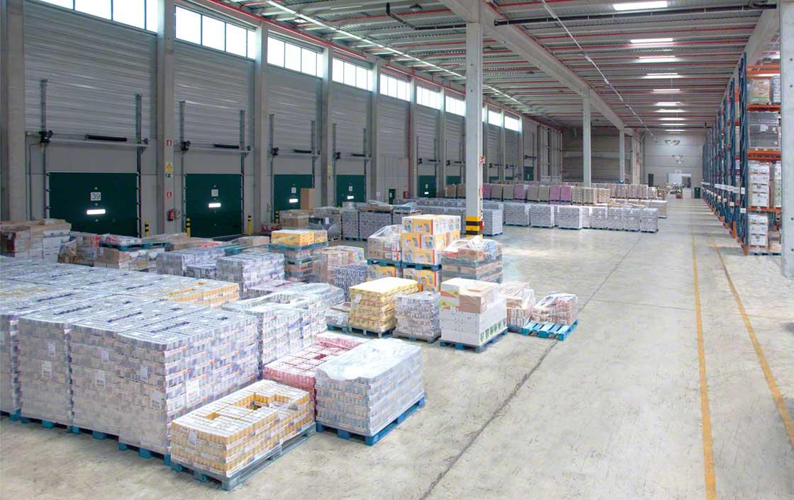 La carga paletizada permite precargas en zonas de acúmulo o búferes temporales